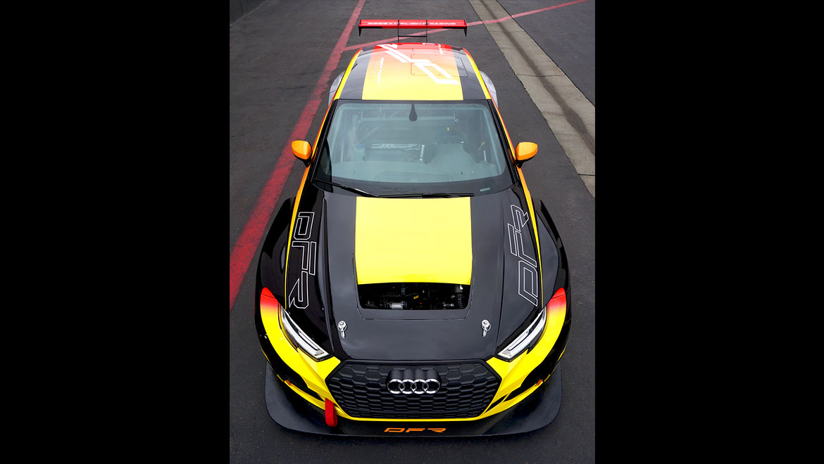 Top front view of an Audi Rs3